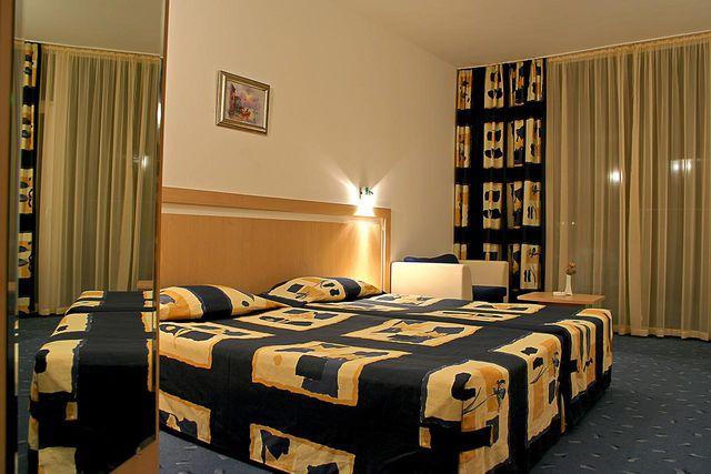 Хотел Аква Азур - DBL room